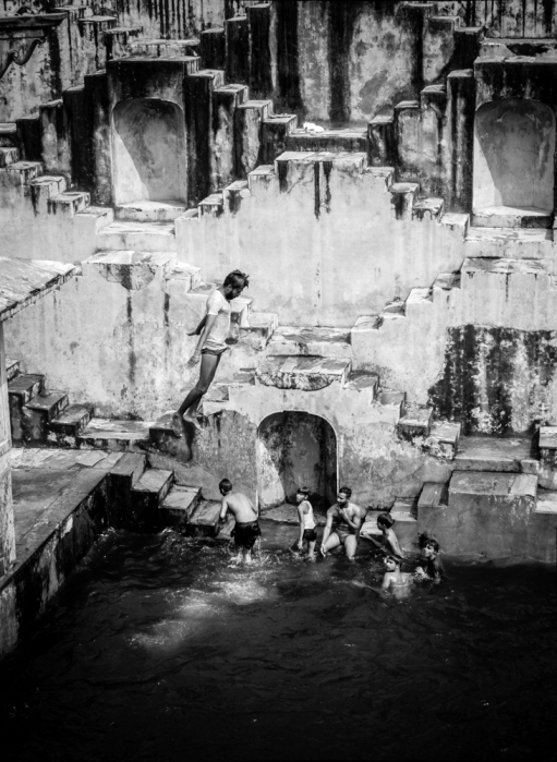 Stepwell (1 of 8)